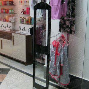 گیت-فروشگاهی-ای-ام-جی-استفاده-شده-در-فروشگاه-لوازم-بهداشتی