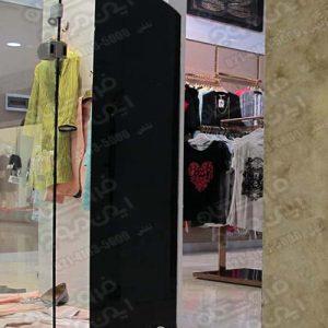 گیت-فروشگاهی-ای-ام-جی-استفاده-شده-در-فروشگاه-لباس-زنانه