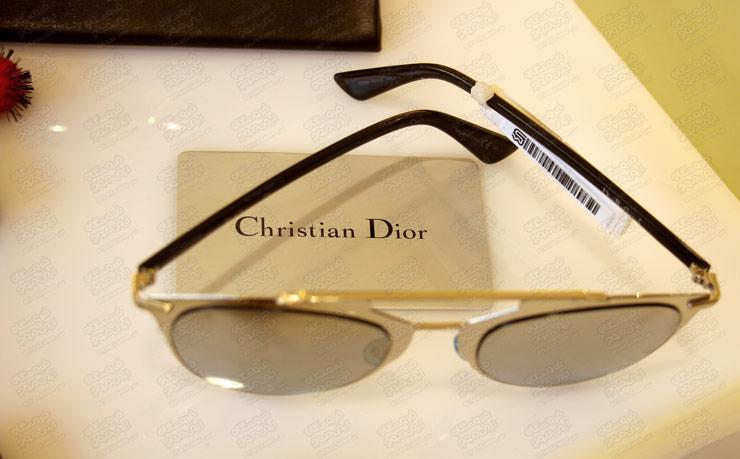برچسب-دزدگیر-استفاده-شده-روی-عینک-برند-چریستون-دیور