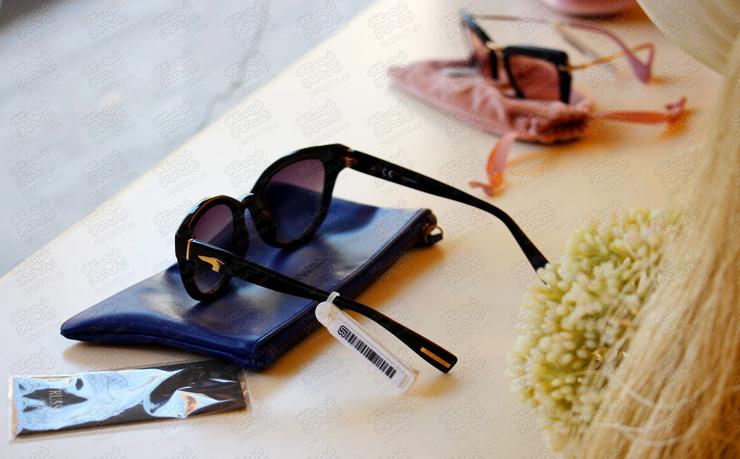 برچسب-دزدگیر-استفاده-شده-روی-عینک-برند-ورساچ