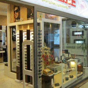 گیت-فروشگاهی-استفاده-شده-در-عینک-فروشی-سایه