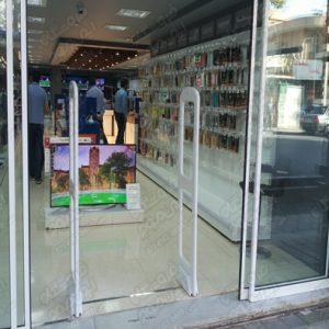 دزدگیر-الکترونیکی-گیت-های-فروشگاهی-استفارده سده-در-درب-ورودی-مغازه